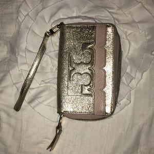 Tory Burch wristlet wallet. Used.